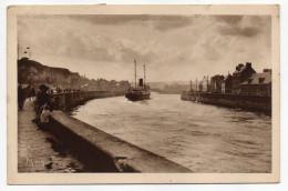 """DIEPPE--1946--Le Chenal--Le Paquebot """"Worthing"""" Entrant Dans Le Port éd Mona - Dieppe"""