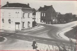 Thiméon  - Entrée ... Du Village - Pont-à-Celles
