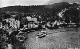 BRUNNEN → Schiffanlegestelle Mit Anlegendem Dampfschiff, Fotokarte Ca.1955 - SZ Schwyz