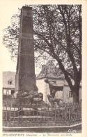 12 - SAINTE GENEVIEVE : Le Monument Aux Morts - CPA - Aveyron - France