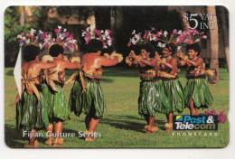 FIDJI Ref MVCARDS FIJ-038 Meke Dancers 5$ Date 1994 - Fidji