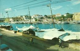 """Curacao (Netherlands Antilles) Willemstad, Floating Market, Stamp USA Commemorative """"Oliver Wendell Holmes 1872-1972"""" - Curaçao"""