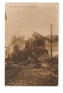 CPA 62 BETHUNE Rue Gambetta Maisons En Ruines Rails - Bethune