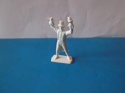 RARE     1   PERSONNAGE   MOKAREX      LYONNAIS - Figurines
