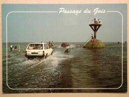 Peugeot 305 Break, Simca 1307, Passage Du Gois - Voitures De Tourisme