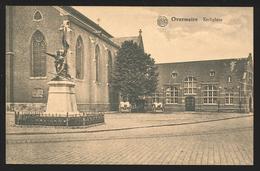 +++ CPA - OVERMEIRE - OVERMERE - Kerkplein   // - Berlare