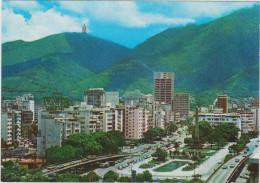 Grote Kaart Grand Format Venezuela Plaza Altamira Con Los 2 Elevados Caracas - Venezuela