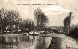 THAUVENAY L Ecluse Du Canal (peniche) - France