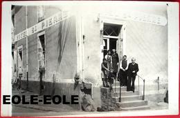 35 - Carte Photo - CORPS NUDS - Hotel SAINT PIERRE - LECHAT - Commerce - Devanture - Place De L'eglise - France