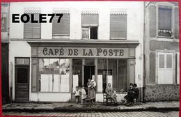 51 - Carte Photo - MONTMIRAIL - CAFE DE LA POSTE -  Place Du Vert Galant - Commerce - Devanture - Montmirail