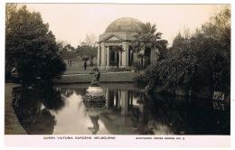 RB 1126 -  Early Real Photo Postcard - Queen Victoria Gardens Melbourne - Australia - Melbourne