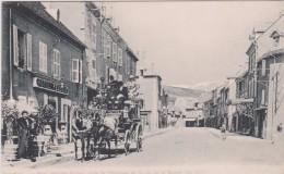 Isère : La MURE ,  Rue Des   Fossés  , Charette - La Mure