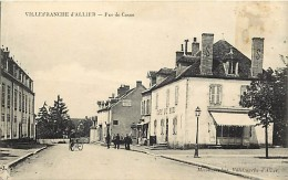 - Allier - Ref - B782 - Villefranche D Allier -rue De Cosne -  Cafe Du Midi - Cafes - Carte Bon Etat - - Frankrijk