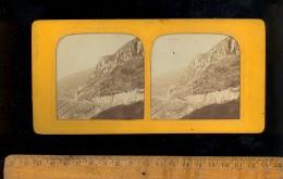 Photographie Stéréoscopique 3D Relief Photo Stéréo C.1860´s Le MONT DORE Sur La Route Les Aiguilles / Effet Montgolfière - Stereoscopio