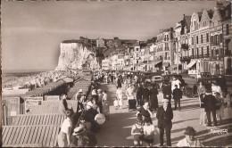 (Somme) Mers-les-Bains - 80 - La Digue (animé) Circulé 1956 - Mers Les Bains