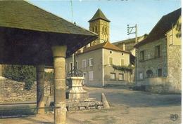 (46) LIVERNON (Lot)  La Place Et La Mairie - Livernon