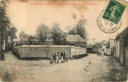 SAINT QUENTIN LA MOTTE CROIX AU BAILLY RUE DE LA MOTTE - France