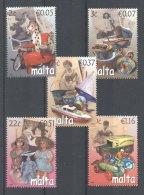 Malta - 2007 Old Toys MNH__(TH-18013) - Malta