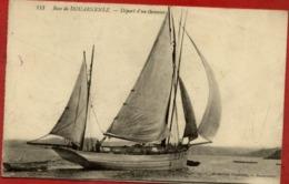 29 Baie De DOUARNENEZ - Départ D'un Thonnier (bateau De Pêche, Voilier) - Douarnenez