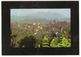 Au Coeur De La Correze - Aubazines (19) Vue D'ensemble Du Village Et Ses Environs - Otros Municipios