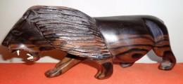 Sculpture - Lion En Bois - Art Africain