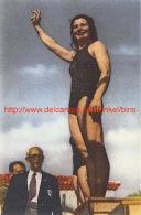 Nel Van Vliet Na Het Behalen Van De Europese Titel Op De 200m In 1947 Te Monaco - Natation