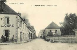 """- Allier -ref-B711 - Montmarault -rue De La Gare- Cafe Restaurant De La Gare - """" A La Place D Armes """" Confection - - France"""