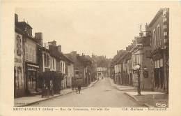 - Allier -ref-B710 - Montmarault -rue Du Commerce - Vue Du Cote Est - Magasin -magasins - Carte Bon Etat - - France