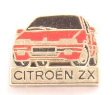 Pin's CITROEN ZX Rouge - Zamac  - Decat - F926 - Citroën