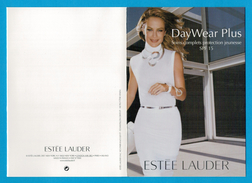 Cartes Parfumées  Carte   DAY WEAR PLUS   De  ESTEE LAUDER - Modern (vanaf 1961)
