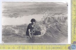Cartolina - Postcard - Foto - Donna Con Cappello Al Mare -  1922 - Cartoline