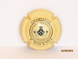 Capsules Ou Plaques De Muselet CHAMPAGNE  BLIN  & FILS - Collections
