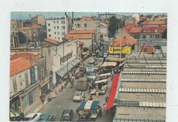 Saint-Maur-des-Fossés (94)  : Vue Aérienne Générale Au Niveau Du Magasin Prisunic Devant Le Marché En 1970 (animé)GF. - Saint Maur Des Fosses