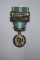 Médaille D'Outre-Mer Avec 2 Barettes / Agrafes: Extrème-Orient + Algérie - France