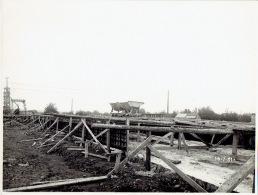 PHOTO  Originale (23.5 X 15.5 Cm) LANAYE 14/07/1931 - Construction Canal Albert - Visé