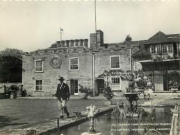 Church Farm, Basildon-on-Thames, Berkshire, England RP Postcard Unposted - England