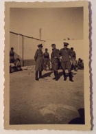 UFFICIALI ITALIANI  PERIODO COLONIALISMO -- CM. 9,5X6,5 - War, Military