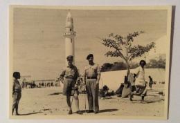 UFFICIALI ITALIANI BAIDOA LUGLIO 1951 PERIODO COLONIALE -- CM.10X7 - Guerra, Militari