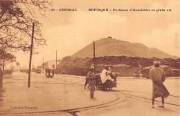 """06395 """"SENEGAL -  RUPISQUE - UN SECCO D'ARACHIDES EN PLEN AIR"""" ANIMATA. CART. ILL. ORIG. NON SPED. - Senegal"""