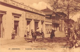"06400 ""SENEGAL -  DAKAR - PLACE DU MARCHE' "" ANIMATA, CALESSE. CART. ILL. ORIG. NON SPED. - Senegal"