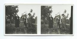 Ancienne PHOTO Stéréo 1930..FLERS Ou Environs (61)..Couples.. Fonds Du Photographe BOURGAULT De FLERS - Fotos Estereoscópicas