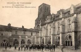 COLONIE DE VERRIERES EN EXPEDITION LE CLOITRE DE CHAISE-DIEU - La Chaise Dieu