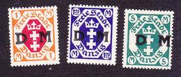 Danzig, Scott #O14, O15, O24, Mint Hinged, Coat Of Arms Overprinted, Issued 1921 - Danzig