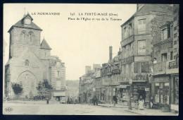 Cpa   Du 61 La Ferté Macé -- Place De L' église Et Rue De La Teinture        NCL9 - La Ferte Mace