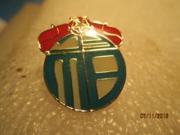 1 - Badges