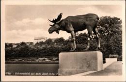 ! Alte Ansichtskarte Tilsit In Ostpreußen, Elchdenkmal Adolf Hitler Platz - Ostpreussen