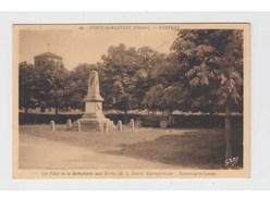 MERVENT - FORET DE MERVENT - LA PLACE ET LE MONUMENT AUX MORTS - France