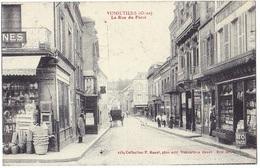 *VIMOUTIERS (61) - La Rue Du Perré*. Editeur P. Bunel, Vimoutiers, N° 2259 - Vimoutiers
