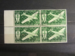 BEAUX TIMBRES DE POSTE AERIENNE DE GUADELOUPE N° 4 + BDF , EN BLOC DE 4 , XX !!! - Guadeloupe (1884-1947)