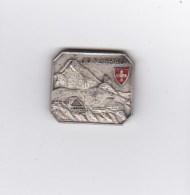 Medaglia - Spilla - HUGUENIN  - JUNGFRAU -  (svizzera) - Tokens & Medals